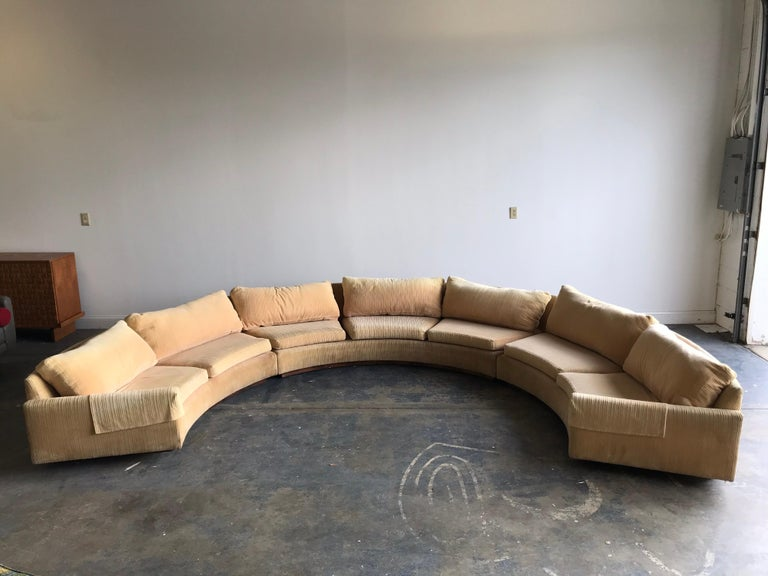 Monumental Semi-Circular Sofa by Milo Baughman for Thayer Coggin, Rosewood Base For Sale 3