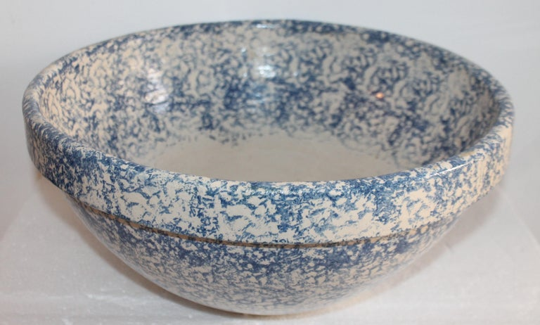 This huge signed Roseville sponge ware pottery mixing bowl is in pristine condition. These large size bowls are super rare and in fine condition is even better! Fantastic for summer picnics and parties.