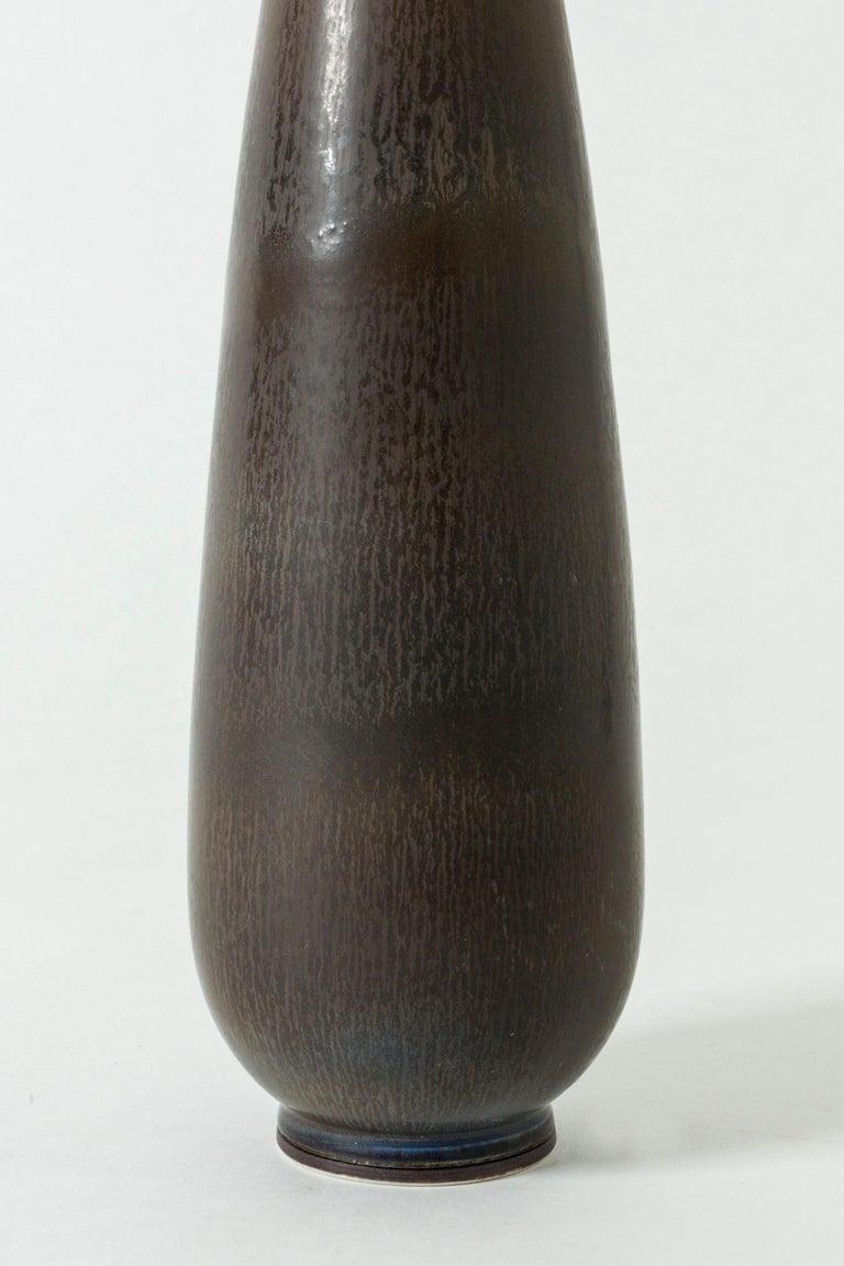 Monumental Stoneware Vase by Berndt Friberg for Gustavsberg, Sweden, 1950s In Good Condition For Sale In Stockholm, SE