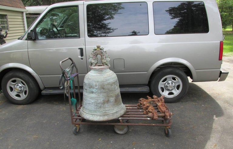 Monumental Thai Bronze and Iron Temple Bell For Sale 6
