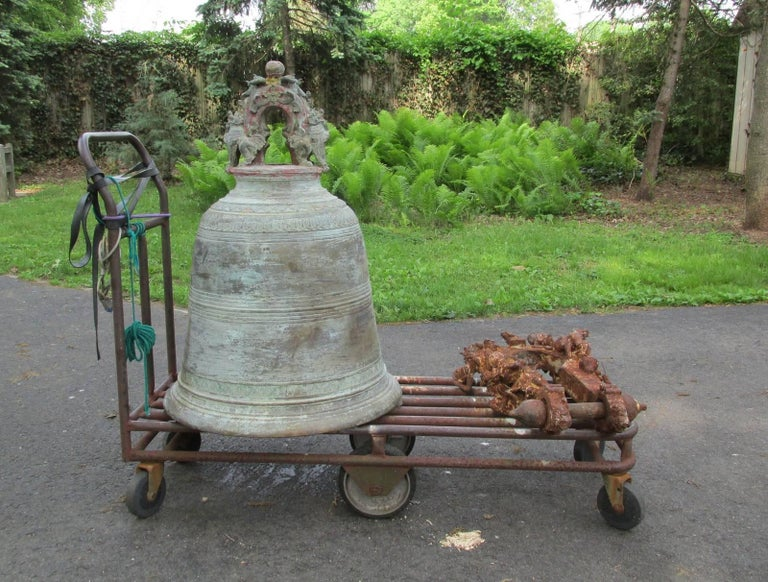 Monumental Thai Bronze and Iron Temple Bell For Sale 4