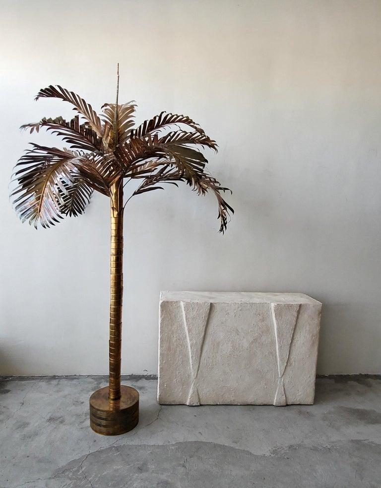 Monumental Vintage Regency Brass Palm Tree In Good Condition For Sale In Las Vegas, NV