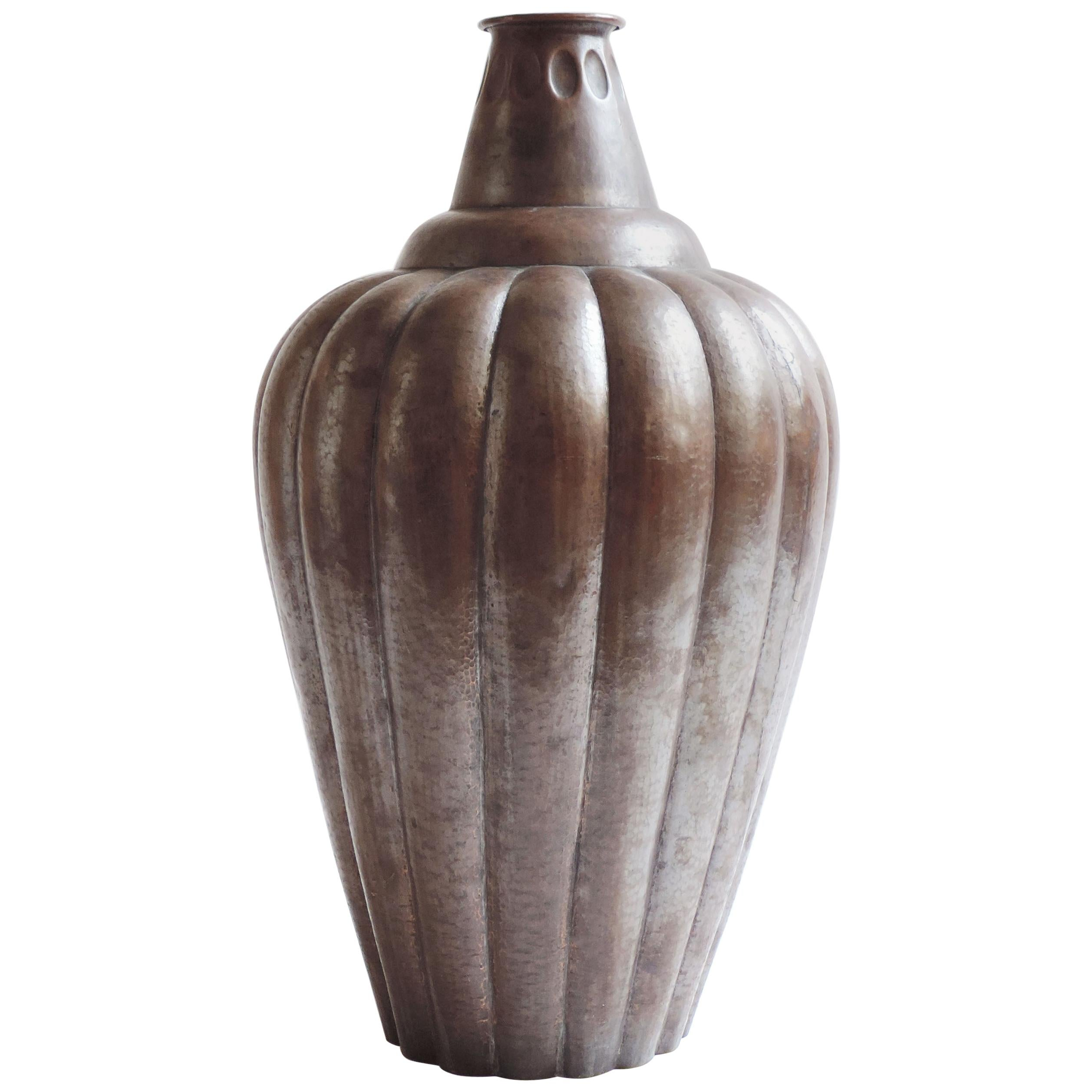 Monumental Vittorio Zecchin Hammered Copper Vase, Italy, 1925