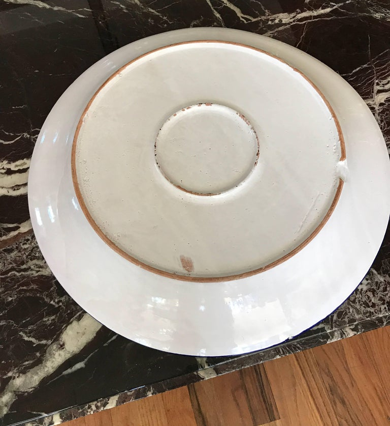 Large White Ceramic Italian Faience Charger Platter In Good Condition For Sale In Chicago, IL