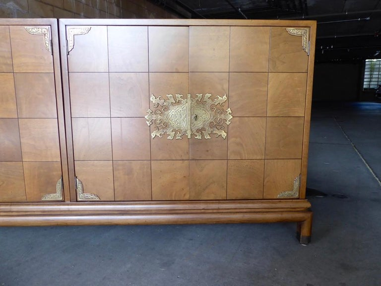 Monumentally Scaled Midcentury Credenza Designed by Renzo Rutili, circa 1960 For Sale 1