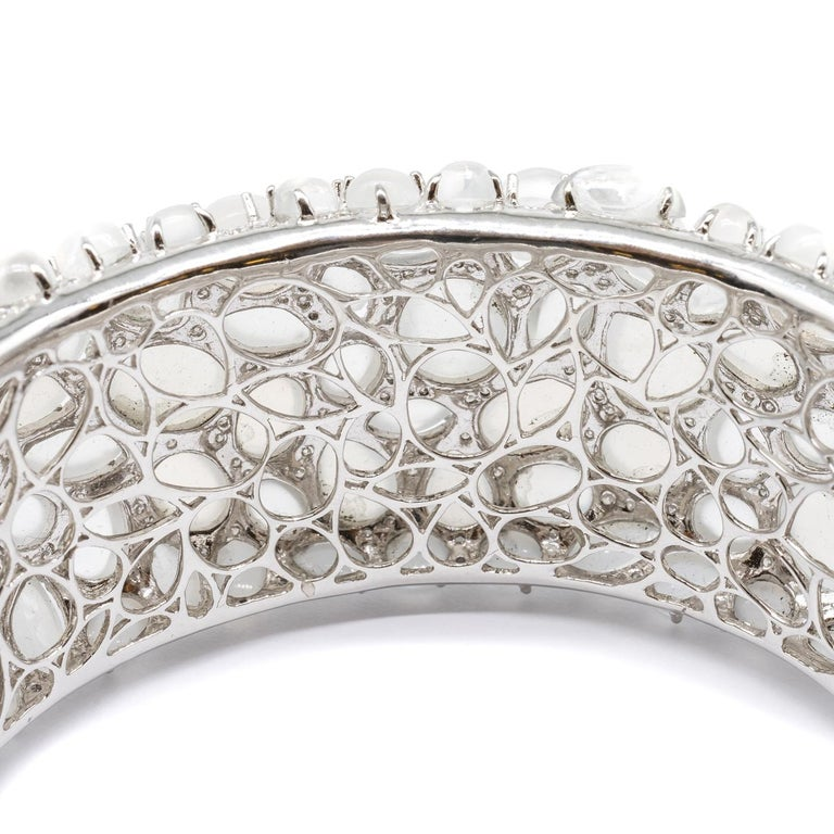 Moonstone and Diamond White Gold Bangle Bracelet In New Condition For Sale In London, GB