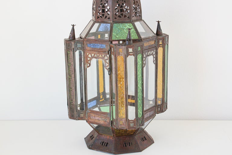 Moorish Moroccan Metal and Glass Candle Lantern In Good Condition For Sale In North Hollywood, CA
