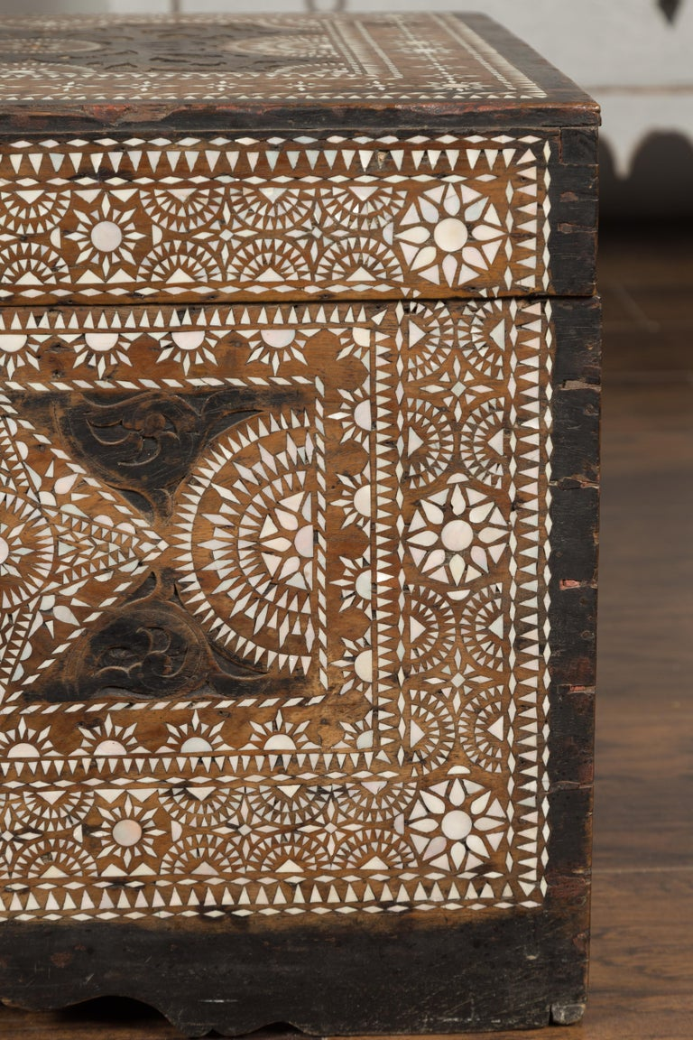 Moorish Style 1920s Blanket Chest with Geometric Mother of Pearl Inlaid Decor For Sale 3