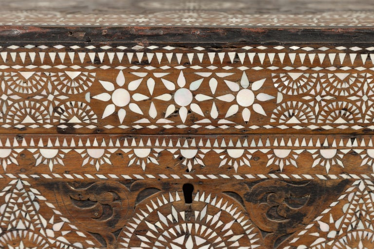 Moorish Style 1920s Blanket Chest with Geometric Mother of Pearl Inlaid Decor For Sale 5