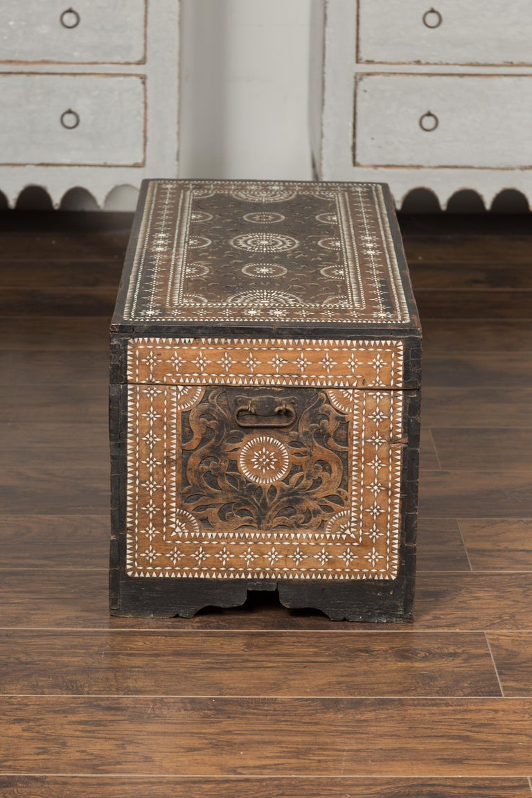 Moorish Style 1920s Blanket Chest with Geometric Mother of Pearl Inlaid Decor For Sale 8