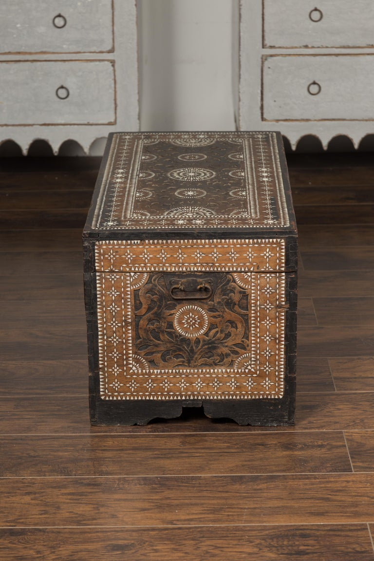 Moorish Style 1920s Blanket Chest with Geometric Mother of Pearl Inlaid Decor For Sale 9