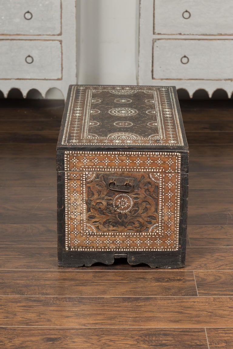 Moorish Style 1920s Blanket Chest with Geometric Mother of Pearl Inlaid Decor For Sale 11