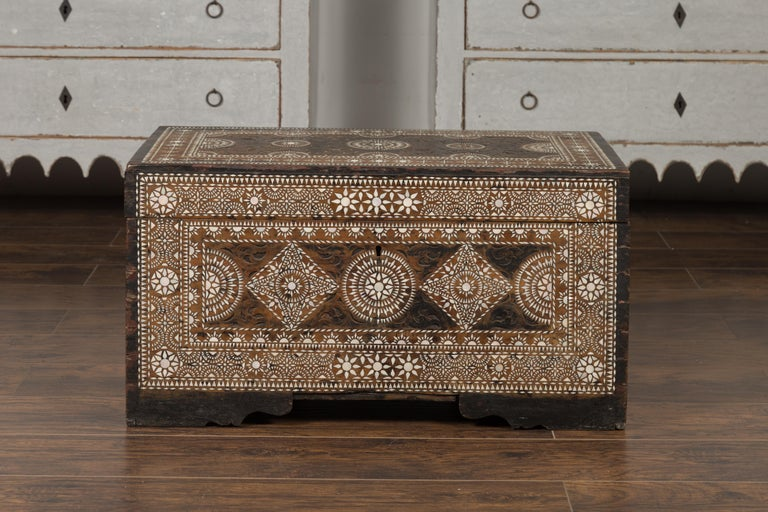 Moorish Style 1920s Blanket Chest with Geometric Mother of Pearl Inlaid Decor For Sale 13