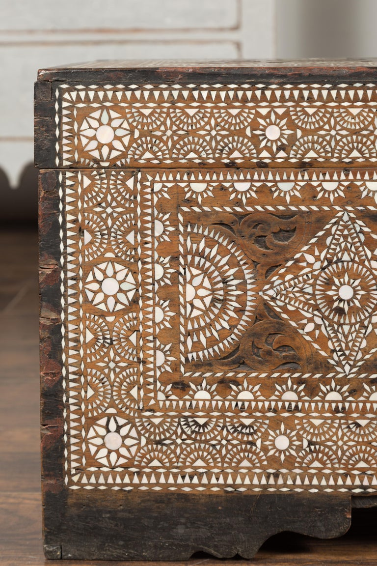 Moorish Style 1920s Blanket Chest with Geometric Mother of Pearl Inlaid Decor For Sale 2