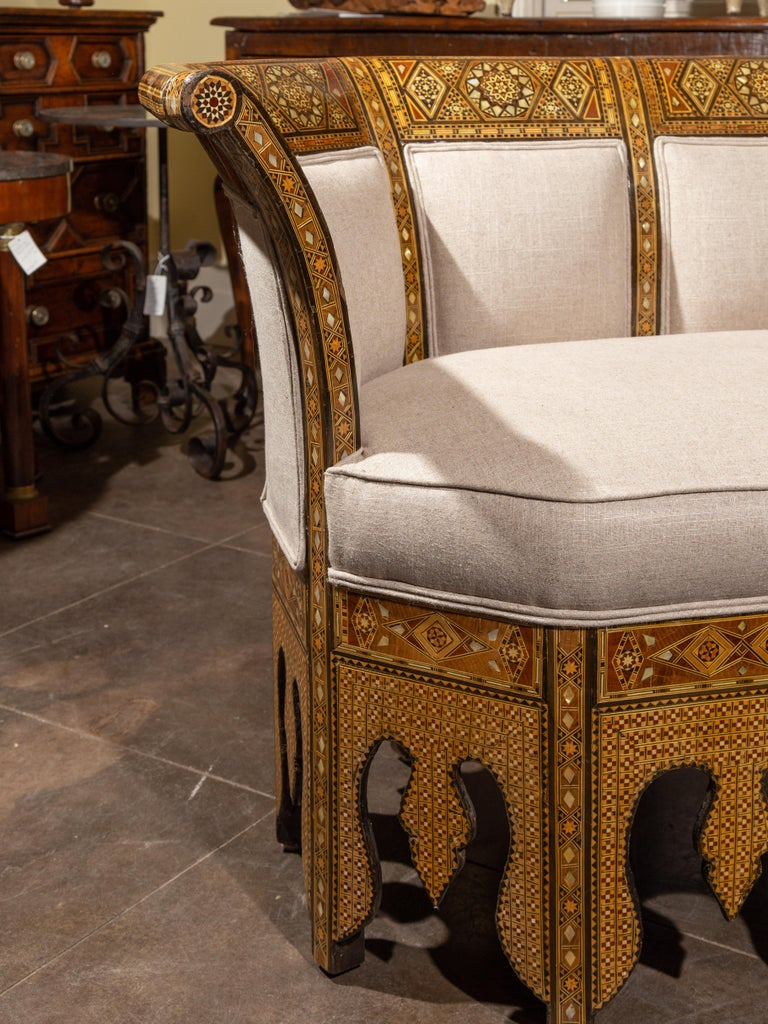 Moorish Style 1920s Settee with Inlaid Geometric Décor and Out-Scrolling Back For Sale 3