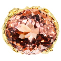 Morganite and Diamond Cocktail Ring 18 Karat Yellow Gold