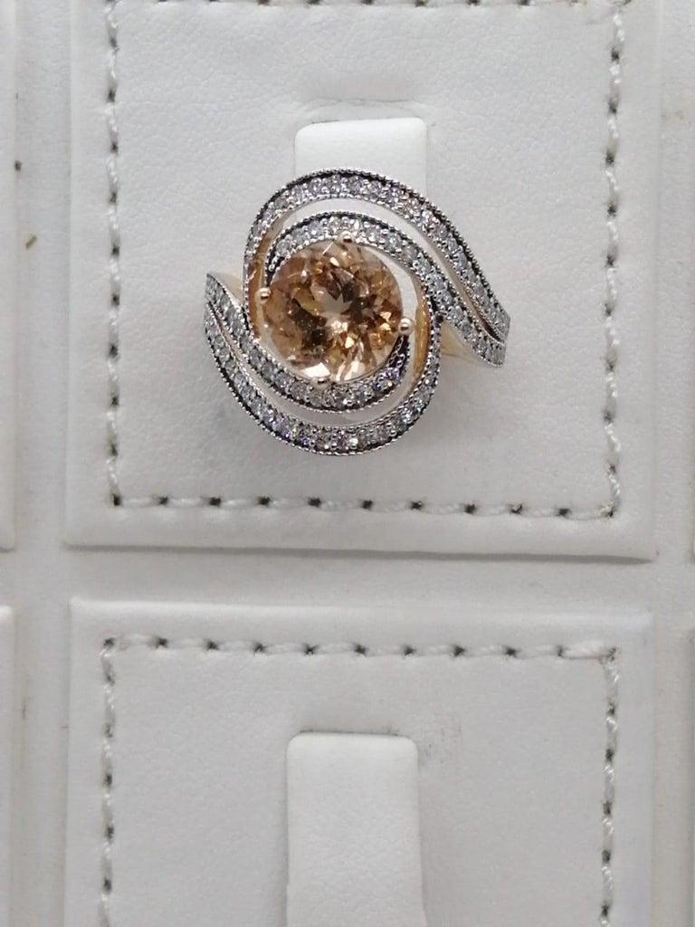 Women's Morganite Diamond Fashion Ring Set in 18 Karat Rose Gold 'VS/G Diamonds' For Sale