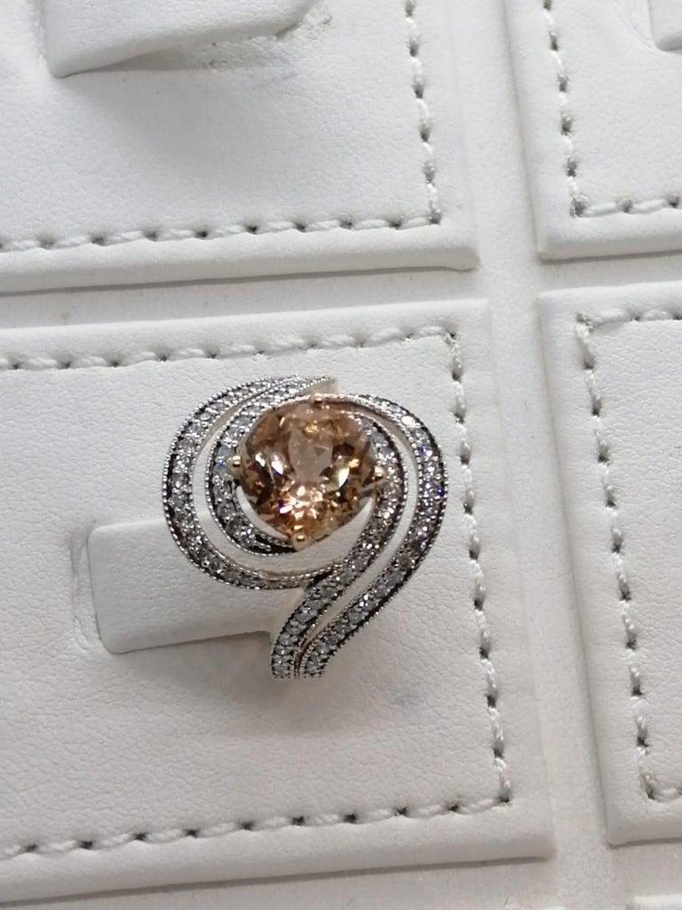 Morganite Diamond Fashion Ring Set in 18 Karat Rose Gold 'VS/G Diamonds' For Sale 1