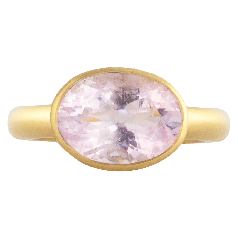 Ico & the Bird Fine Jewelry Morganite Jali 18 Karat Gold Ring