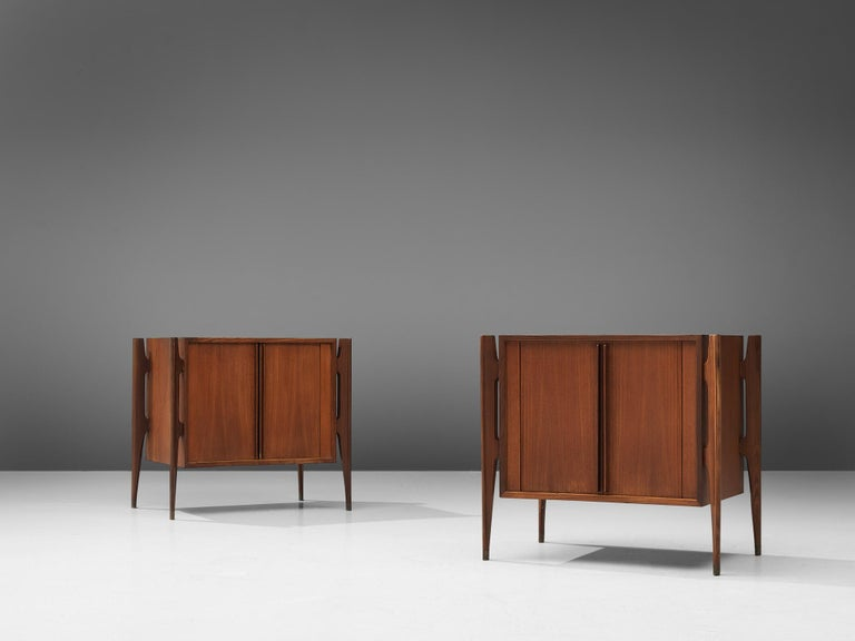 Morgen Clausen dor Brande Modelfabrik, pair of nightstands, teak, Denmark, circa 1960.