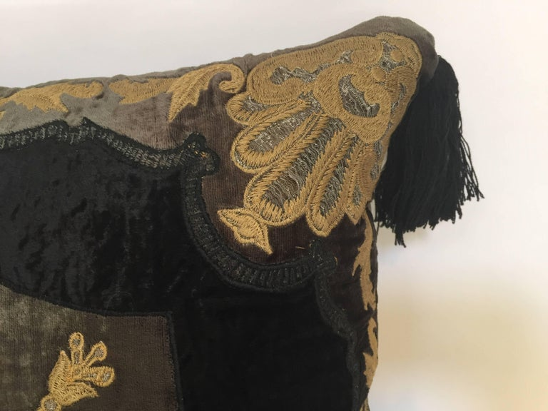20th Century Moroccan Black Silk Decorative Pillow with Gold Metallic Threads and Tassels For Sale