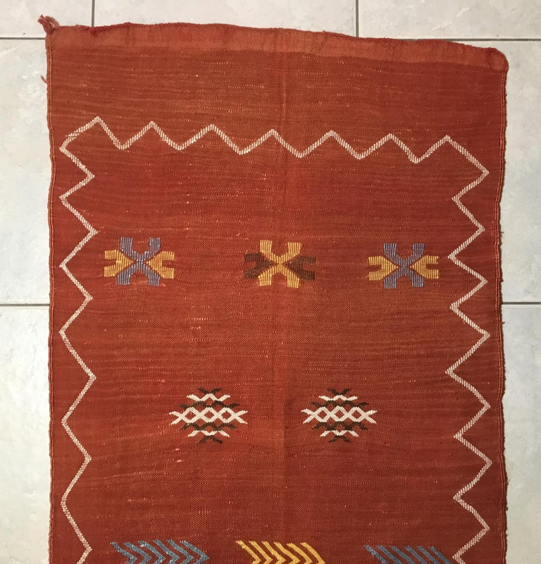 Moroccan Cactus Silk Flat-Weave Kilim Runner For Sale 5