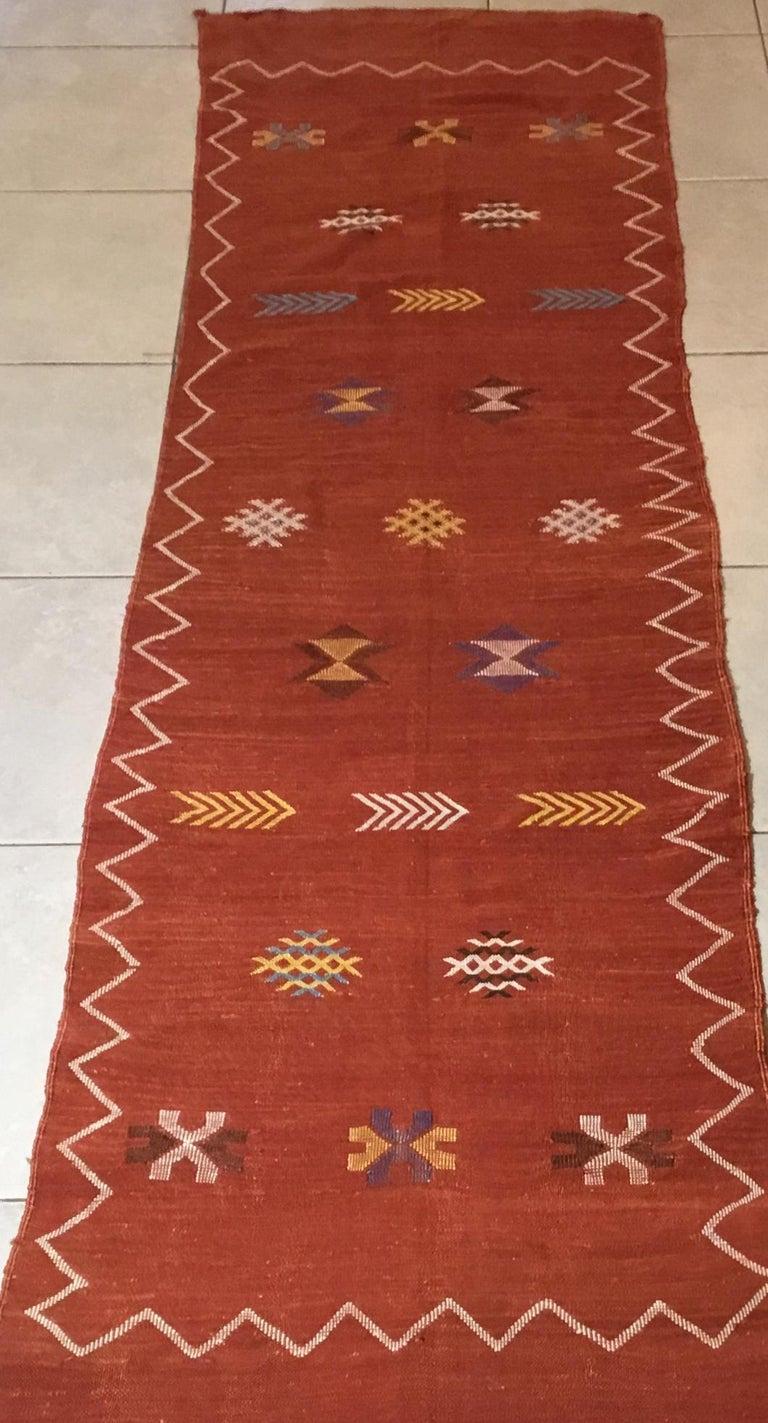 Moroccan Cactus Silk Flat-Weave Kilim Runner For Sale 10