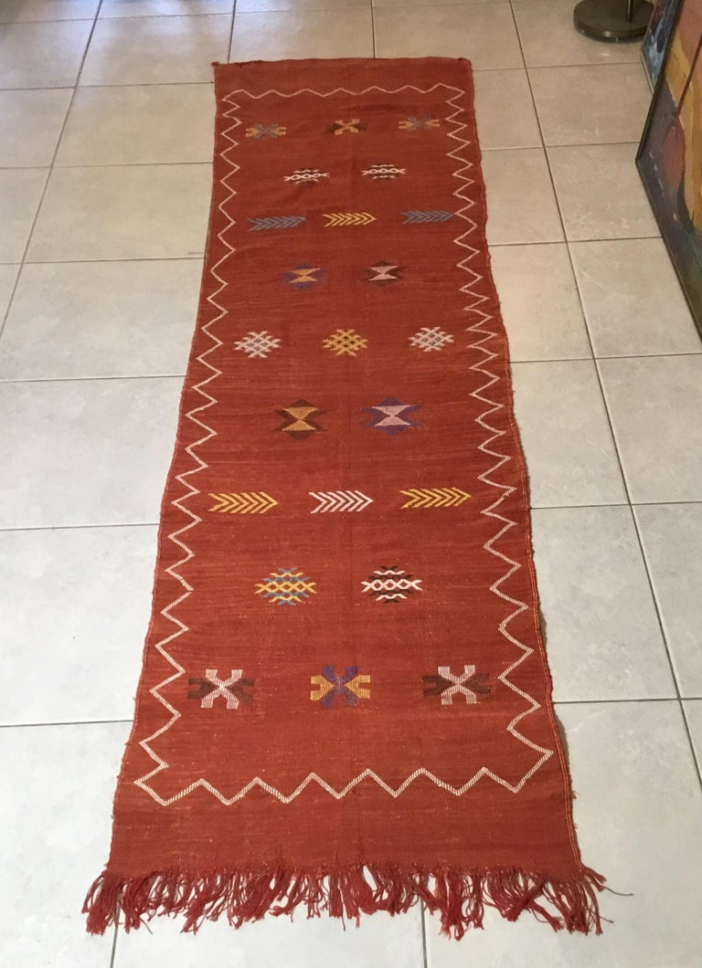 Moroccan Cactus Silk Flat-Weave Kilim Runner For Sale 11
