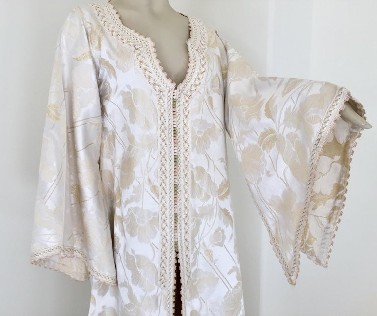 Bohemian Moroccan Caftan White Ivory and Gold Brocade Kaftan For Sale