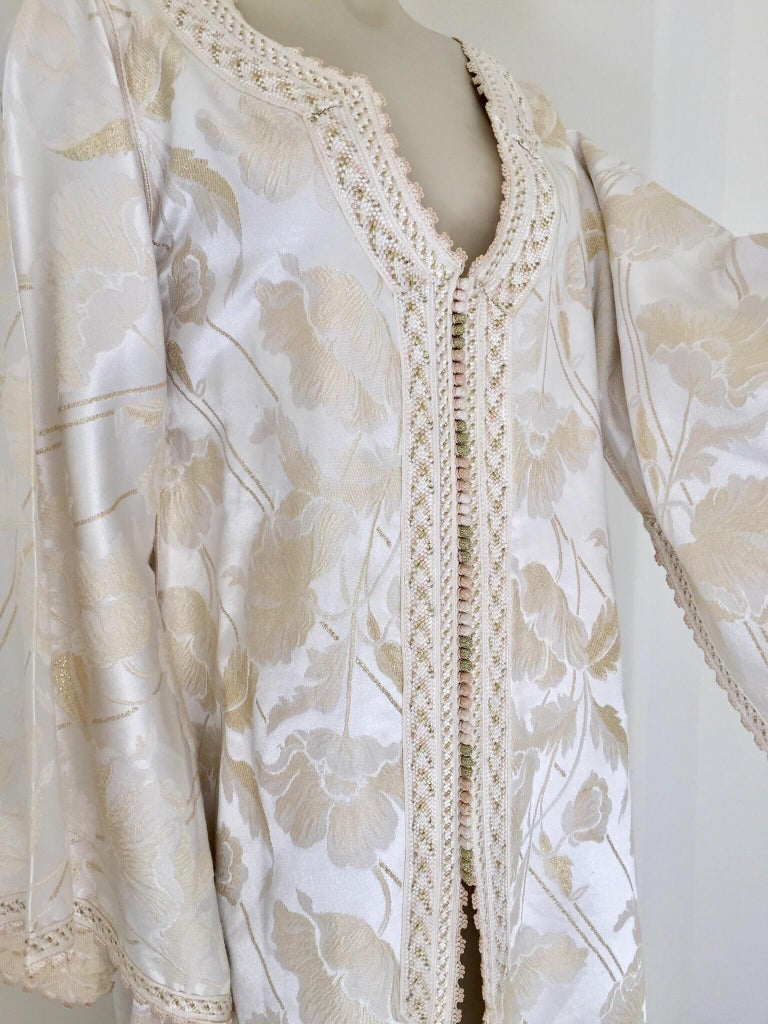 Fabric Moroccan Caftan White Ivory and Gold Brocade Kaftan For Sale