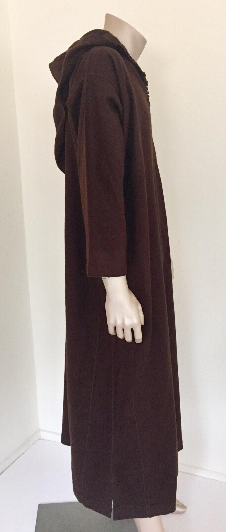 Brocade Moroccan Gentleman Hooded Brown Wool Djellaba For Sale