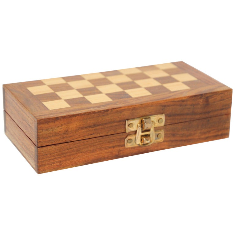 Moroccan Handcrafted Chess Thuya Wood Box For Sale