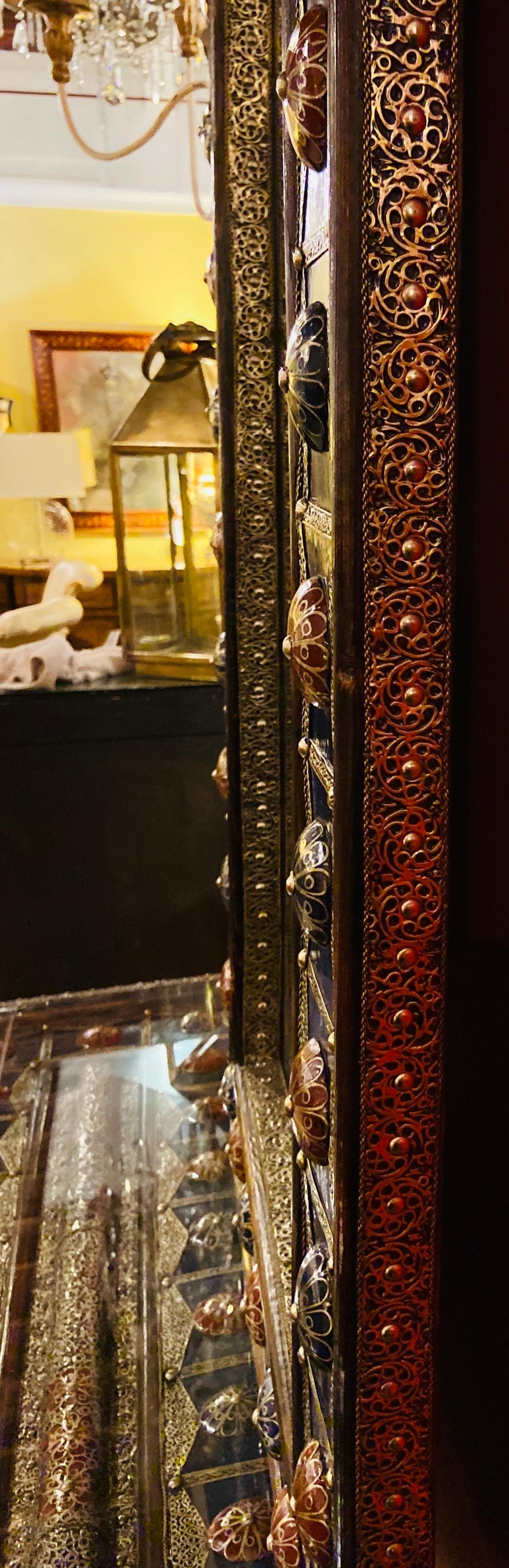 Moroccan Hollywood Regency Style Console & Mirror in Filligree Brass & Stones For Sale 15