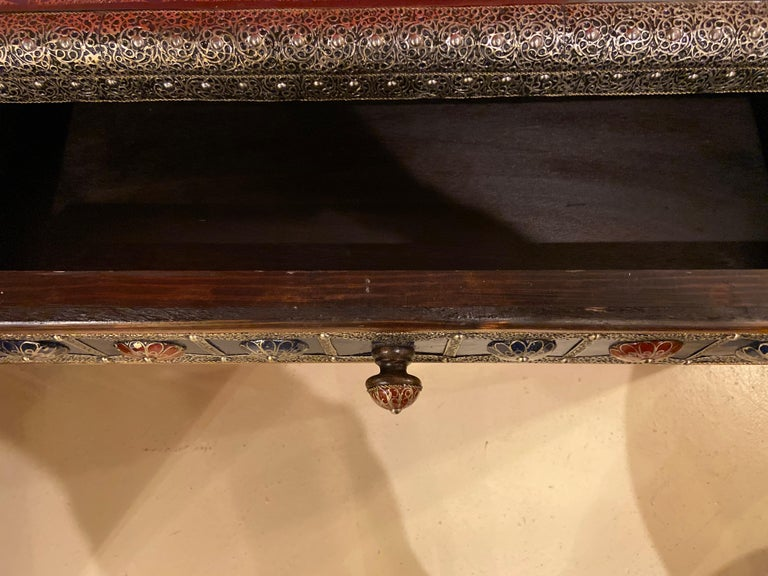 Late 20th Century Moroccan Hollywood Regency Style Console & Mirror in Filligree Brass & Stones For Sale