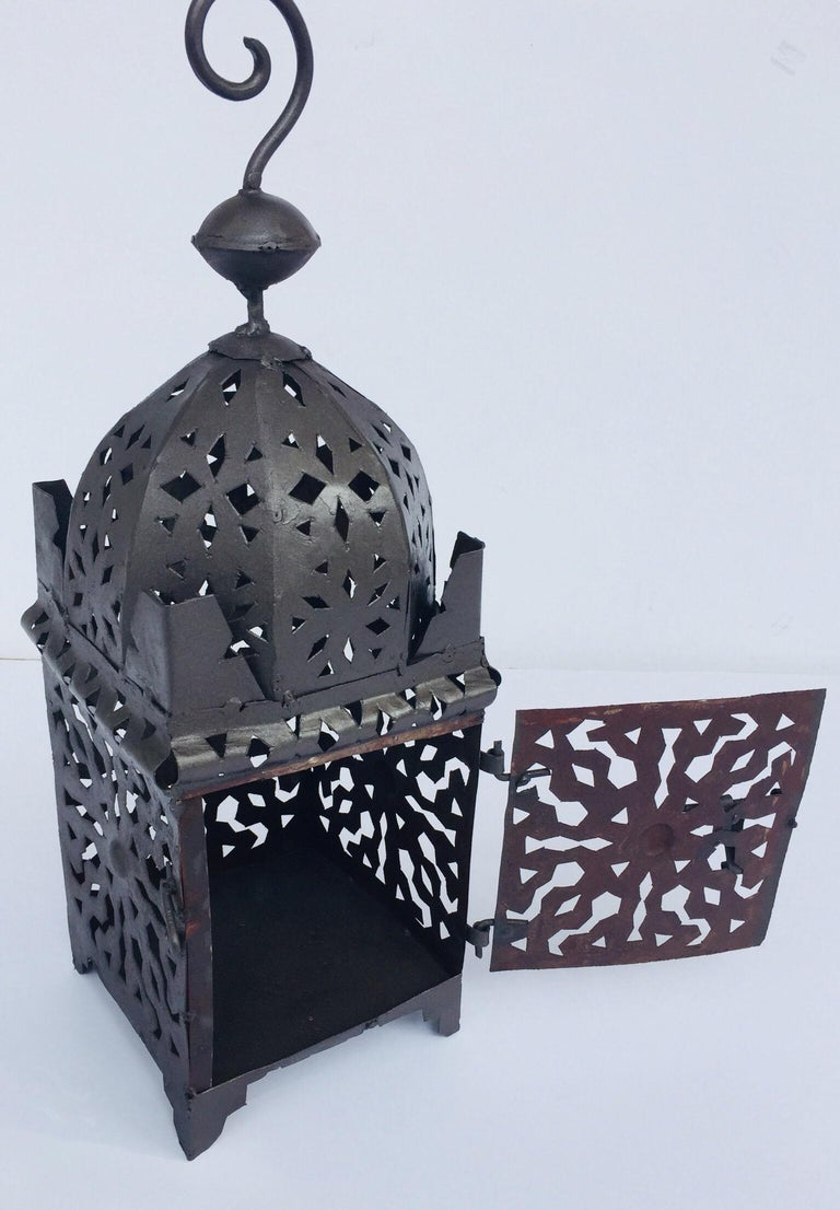Moroccan Hurricane Metal Candle Lantern Indoor or Outdoor For Sale 5