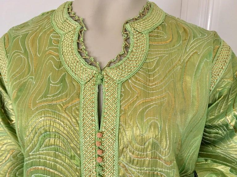 Moroccan Kaftan in Green and Gold Brocade Metallic Lame For Sale 6