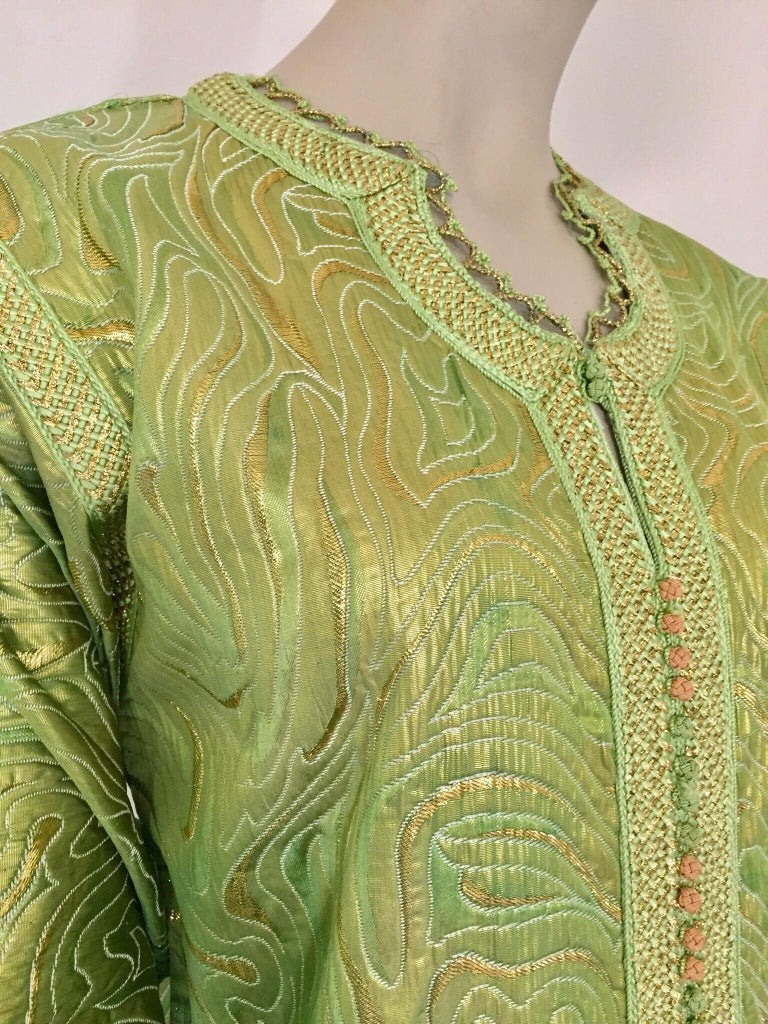Moroccan Kaftan in Green and Gold Brocade Metallic Lame In Good Condition For Sale In North Hollywood, CA