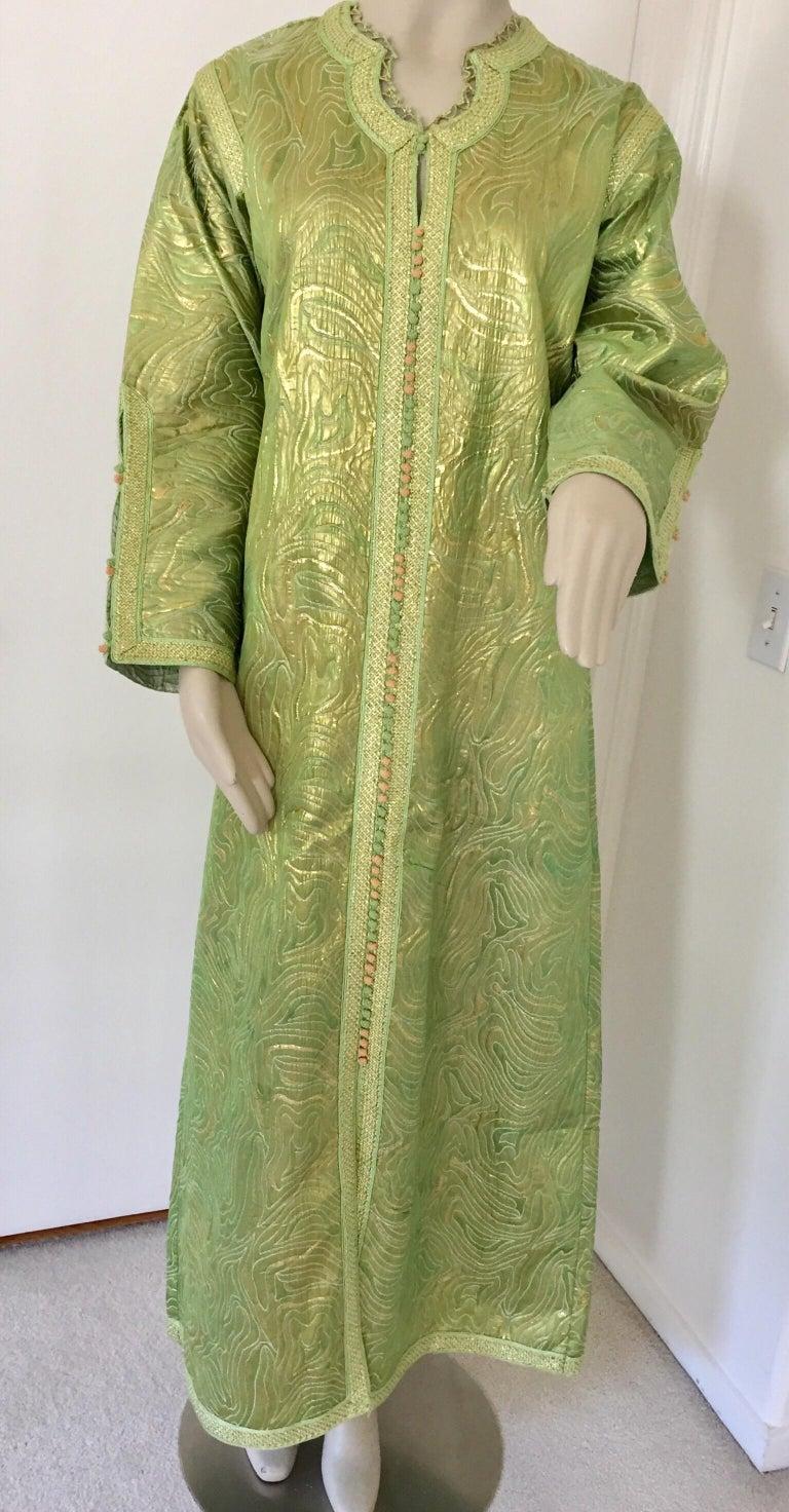 Moroccan Kaftan in Green and Gold Brocade Metallic Lame For Sale 1