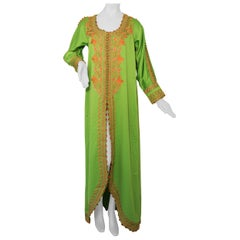Moroccan Kaftan in Kelly Green