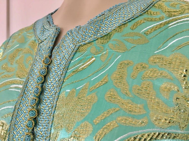 Moroccan Kaftan in Turquoise and Gold Floral Brocade Metallic Lame For Sale 5