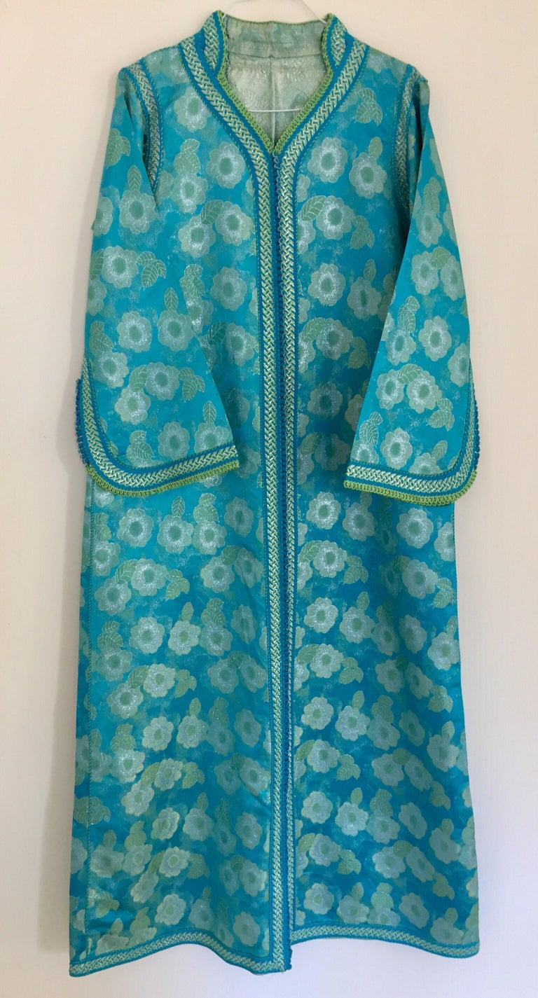 Moroccan Kaftan in Turquoise and Gold Floral Brocade Metallic Lame For Sale 6