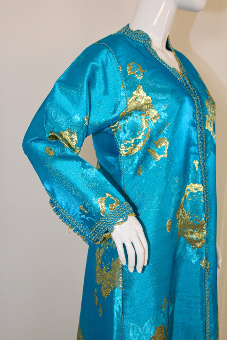 Moroccan Kaftan in Turquoise and Gold Floral Brocade Metallic Lame For Sale 7