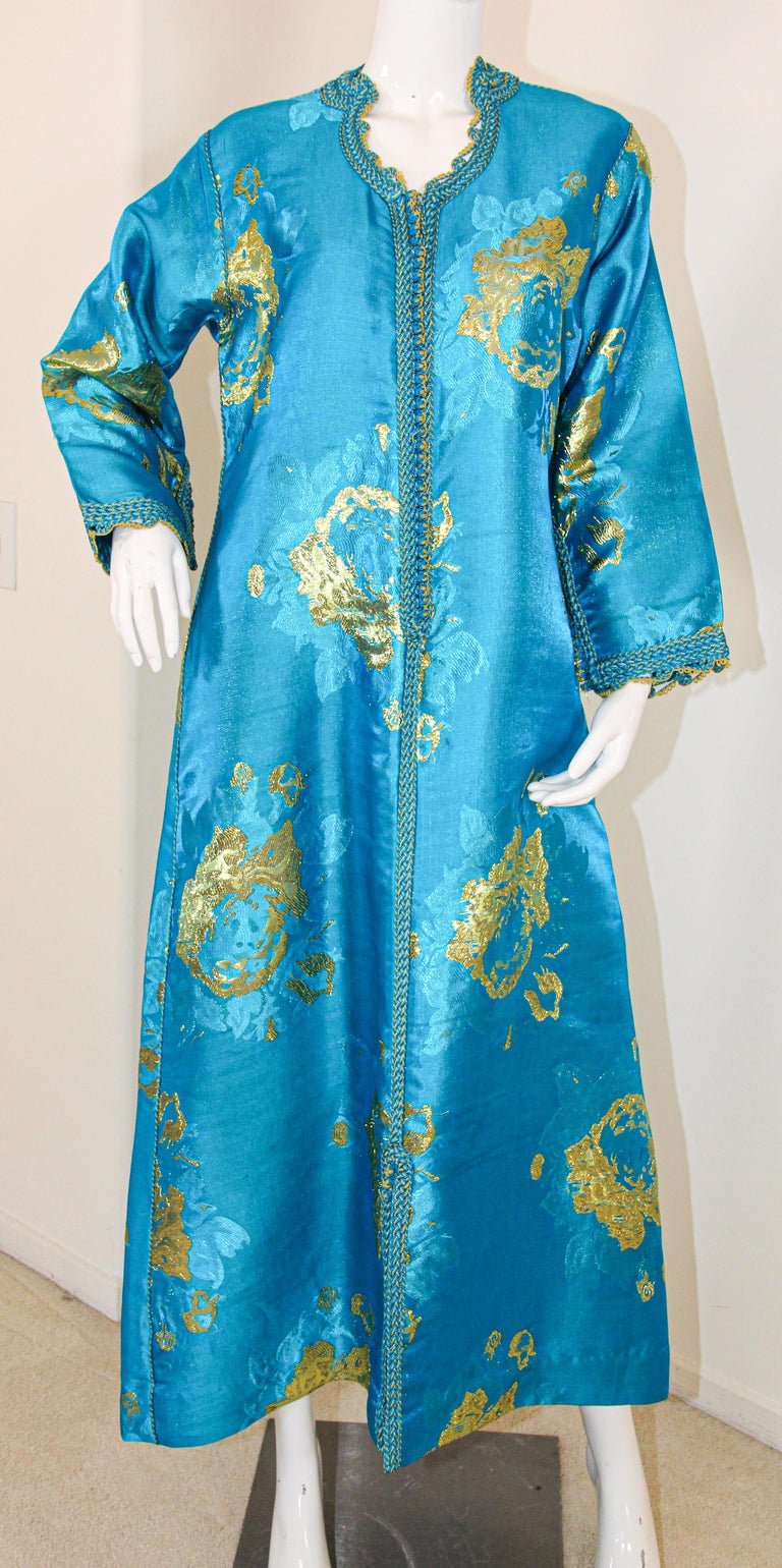 Moroccan Kaftan in Turquoise and Gold Floral Brocade Metallic Lame For Sale 9