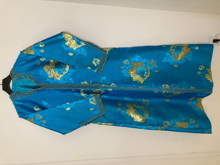 Moroccan Kaftan in Turquoise and Gold Floral Brocade Metallic Lame For Sale 13