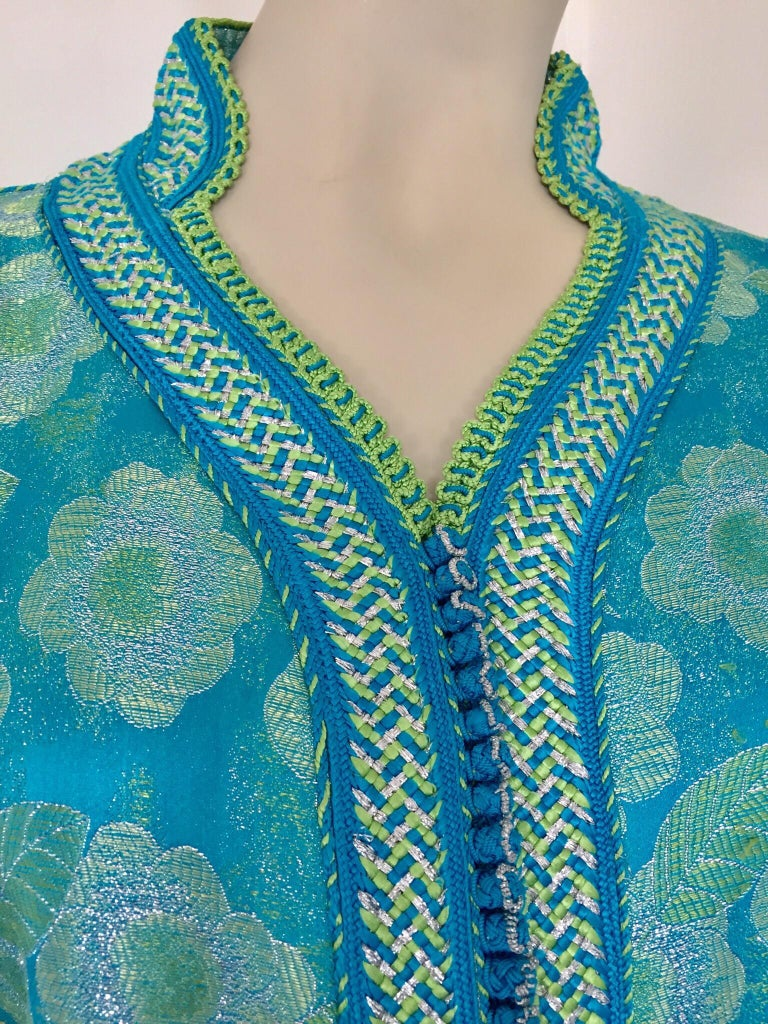 Moroccan Kaftan in Turquoise and Gold Floral Brocade Metallic Lame In Good Condition For Sale In North Hollywood, CA