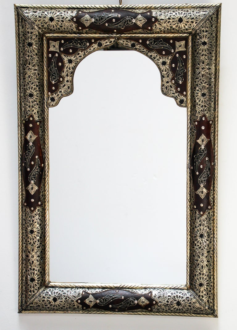 Moroccan Mirror with Silver Filigree and Repousse Metal For Sale 9