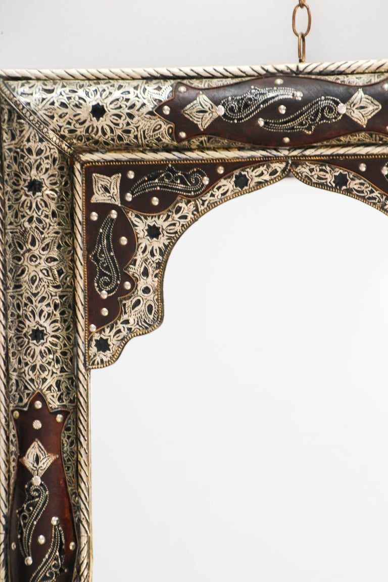 Moroccan Mirror with Silver Filigree and Repousse Metal For Sale 10