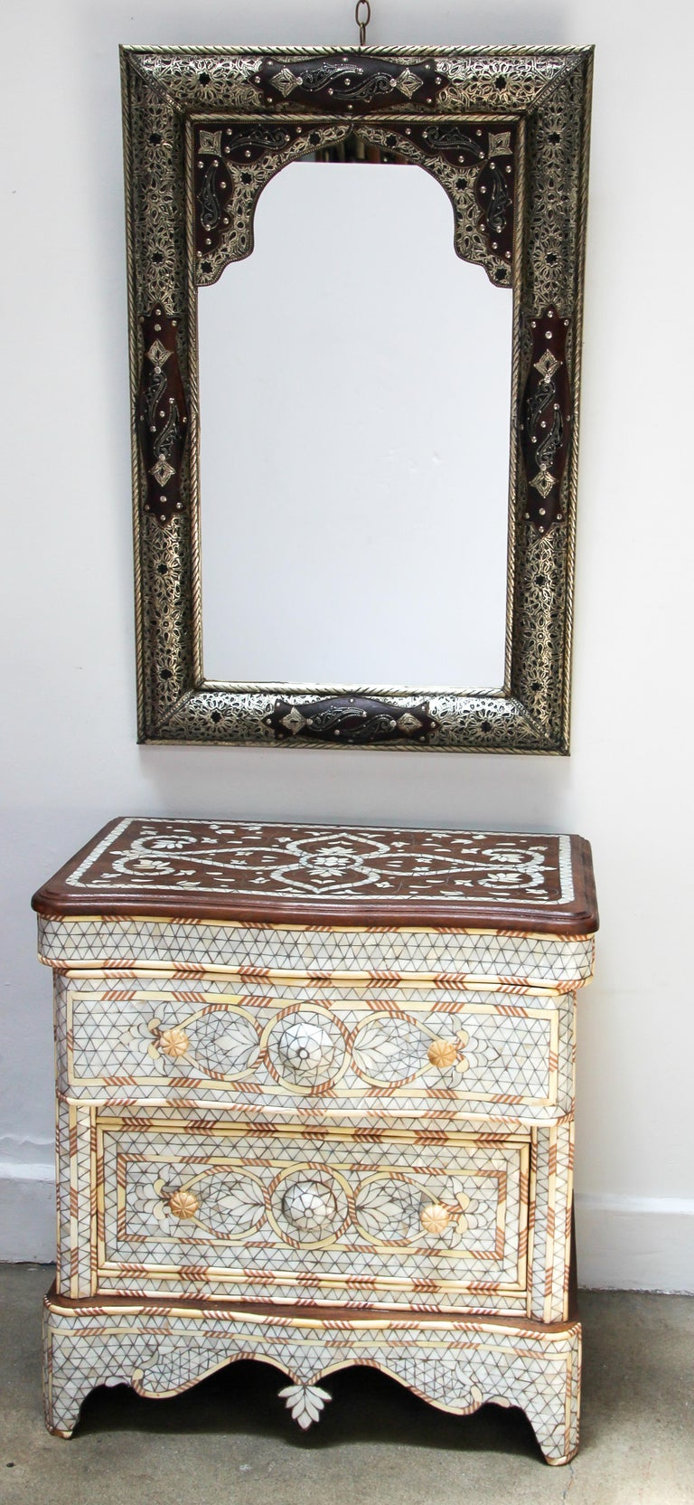Moroccan Mirror with Silver Filigree and Repousse Metal For Sale 14