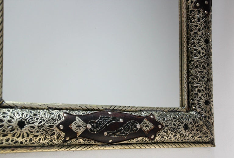 Moroccan Mirror with Silver Filigree and Repousse Metal For Sale 3