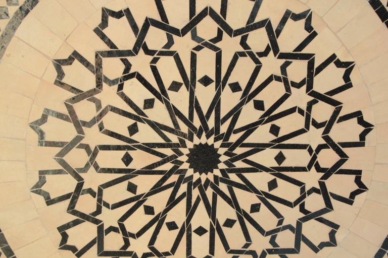 Moroccan Outdoor Round Mosaic Tile Dining Table on Iron Base 47 in. For Sale 4
